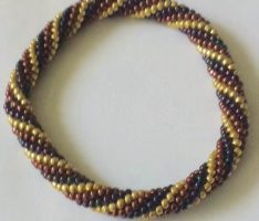 03-11: Crocheted tube bracelet