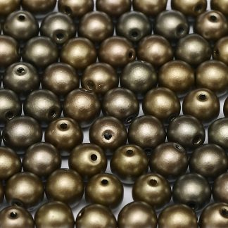 Deze ronde glaskralen worden vaak gebruikt in armband of ketting patronen en zijn te koop bij kralen winkel Limited Edition in Den Haag in de kleur 01670.