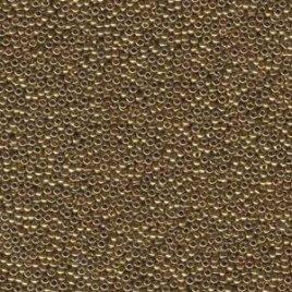 De rocaille seed bead van het Japanse merk Miyuki is te koop bij kralenwinkel Limited Edition in Den Haag in de maat 11-0457L Metallic Light Bronze.