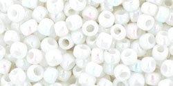 De rocaille 8/0 van het Japanse merk TOHO kan gebruikt worden om de gaafste sieraden mee te maken en zijn te koop bij kralenwinkel Limited Edition in Den Haag in de kleur TR-08-401.