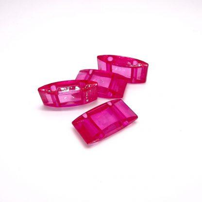 Deze acryl kralen verdeler is te vergelijken met de Duitse tragerperlen en is te koop bij kralenwinkel Limited Edition in de kleur hard roze