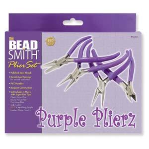 Dit paarse purple plierz tangenset van Beadsmith is te koop bij kralenwinkel Limited Edition in Den Haag.