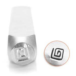 Met deze 3mm stempel van ImpressArt kun je heel makkelijk een figuur in leer of metaal slaan en is te koop bij kralenwinkel Limited Edition in de vorm van een vierkante swirl.