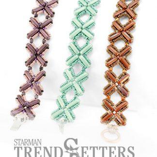 Het gratis rijgpatroon 'Chi Bracelet' is te vinden bij kralenwinkel Limited Edition in Den Haag.