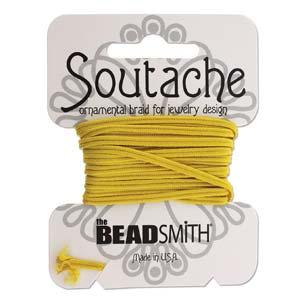 Dit 3mm Soutache koord van Beadsmith word op kaartjes verkocht bij kralenwinkel Limited Edition in Den Haag in de kleur Goldenrod.