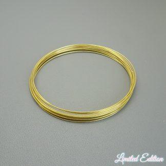 Memory wire is te koop bij kralenwinkel Limited Edition in de kleur goud.