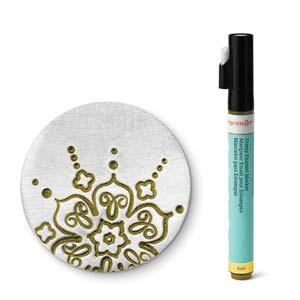Met deze gouden stift van ImpressArt kun je je werk makkelijk inkleuren en is te koop bij kralenwinkel Limited Edition in Den Haag.
