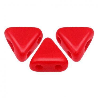 De Khéops® par Puca® van het merk les Perles par Puca® is te koop bij kralenwinkel Limited Edition in Den Haag in de kleur Opaque Coral Red.