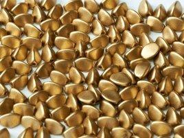 De pinch bead glas kraal kan gebruikt worden in sieraad patronen en is te koop bij kralenwinkel Limited Edition in Den Haag in de kleur 01710.