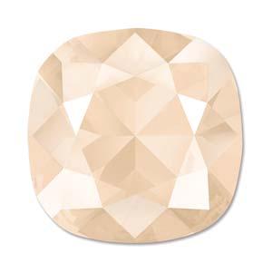 Deze vierkante swarovksi steen is te koop bij kralenwinkel Limited Edition in de kleur Crystal Ivory Cream.