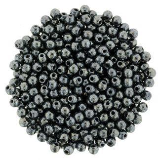 Deze ronde 2mm glaskralen worden vaak gebruikt in armband of ketting patronen en zijn te koop bij kralen winkel Limited Edition in Den Haag in de kleur 14400.