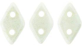 De CzechMates Diamond glaskraal word veel gebruikt in sieraad patronen en is te koop bij kralenwinkel Limited Edition in Den Haag in de kleur L0300.