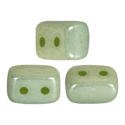 De Ios® par Puca® van het merk les Perles par Puca® is te koop bij kralenwinkel Limited Edition in Den Haag in de kleur Opaque Light Green Ceramic Look.