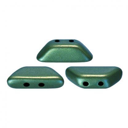 De Tinos® par Puca® van het merk les Perles par Puca® is te koop bij kralenwinkel Limited Edition in Den Haag in de kleur Metallic Mat Green Turquoise.