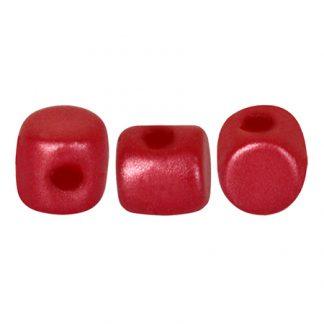 De Minos® par Puca® van het merk les Perles par Puca® is te koop bij kralenwinkel Limited Edition in Den Haag in de kleur Pastel Dark Coral.