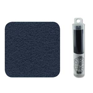 UltraSuede is perfect om te gebruiken om een zachtere onderlaag aan een embroidery werkje te geven en is te koop bij kralenwinkel Limited Edition in Den Haag in de kleur Light Admiral.