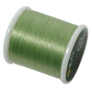 Dit KO draad is perfect om te gebruiken met kleine kraaltjes en is te koop bij kralenwinkel Limited Edition in Den Haag in de kleur apple green.