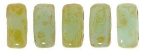 De Bricks kraal van het merk CzechMates is 3x6mm en leuk te combineren met andere two hole beads en is te koop bij kralenwinkel Limited Edition in Den Haag in de kleur T63100.