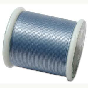 Dit KO draad is perfect om te gebruiken met kleine kraaltjes en is te koop bij kralenwinkel Limited Edition in Den Haag in de kleur Light Blue.