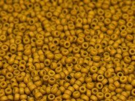 De rocaille seed bead van het Japanse merk Miyuki is te koop bij kralenwinkel Limited Edition in Den Haag in de maat 11-2312.