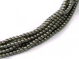 Deze ronde 2mm glaskralen worden vaak gebruikt in armband of ketting patronen en zijn te koop bij kralen winkel Limited Edition in Den Haag in de kleur 00030-27400.