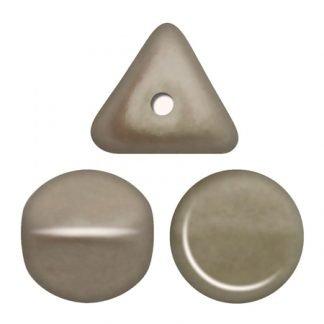 De ilos® par Puca® van het merk les Perles par Puca® is te koop bij kralenwinkel Limited Edition in Den Haag in de kleur Metallic Mat Beige.