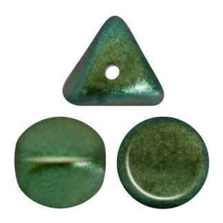 De ilos® par Puca® van het merk les Perles par Puca® is te koop bij kralenwinkel Limited Edition in Den Haag in de kleur Metallic Mat Green Turquoise.