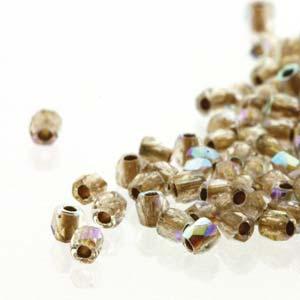 De glazen Fire Polished 2mm beads worden veel gebruikt in sieraden patronen en zijn te koop bij kralenwinkel Limited Edition in Den Haag in de kleur 00030/68506.