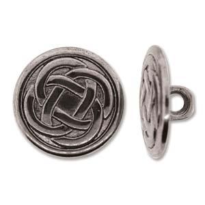 Deze zilverkleurige knoop heeft een celtic knot als afbeelding en kan leuk gebruikt worden in Chan Luu sieraden en is te koop bij kralenwinkel Limited Edition in Den Haag.