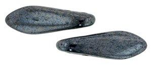 De CzechMates Two Hole Daggers glaskraal word veel gebruikt in sieraad patronen en is te koop bij kralenwinkel Limited Edition in Den Haag in de kleur L23980.