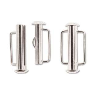 Dit magneetslot heeft twee uiteinden waaraan je een bandje vast kan maken en is te koop bij kralenwinkel Limited Edition in Den Haag in de kleur zilver in de maat 21.5mm.