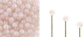 Finial beads zijn ronde kralen met een half geboord gat en is te koop bij kralenwinkel Limited Edition in Den Haag in de kleur 70100-79100.