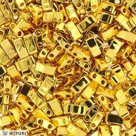 Deze Miyuki Half Tilas zijn de helft van de normale Miyuki TIla beads en zijn te koop bij kralenwinkel Limited Edition in Den Haag in de kleur 0191.