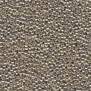 De rocaille seed bead van het Japanse merk Miyuki is te koop bij kralenwinkel Limited Edition in Den Haag in de maat 11-4201.
