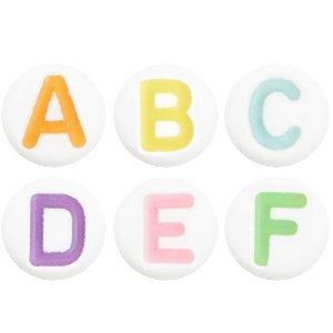 Deze wit multicolour acryl letter kralen zijn te koop bij kralenwinkel Limited Edition in Den Haag in het alfabet.