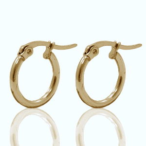Deze creolen van RVS zijn te koop bij kralenwinkel Limited Edition in de maat 15x2mm in de kleur goud.