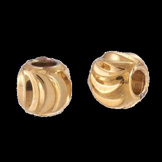 Deze vergulde kralen met groeven zijn te koop bij kralenwinkel Limited Edition in de kleur goud in de maat 3x2mm.