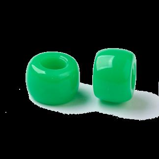 Deze acryl kralen met groot gat zijn te koop bij kralenwinkel Limited Edition in Den Haag in de kleur groen.