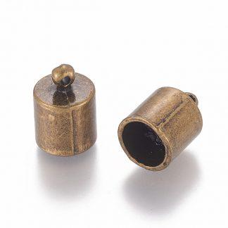 In deze eindkapjes passen koorden van 8,2mm dik en zijn te koop bij kralenwinkel Limited Edition in Den Haag in de kleur antiek brons.