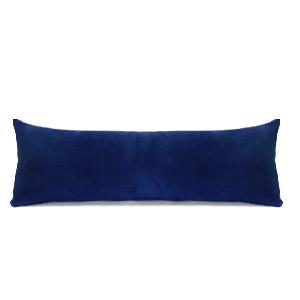 Op dit kussentje kun je je sieraden mooi bewaren of tentoonstellen en is te koop bij kralenwinkel Limited Edition in Den Haag in de kleur zacht fluweel spijkerbroek blauw.