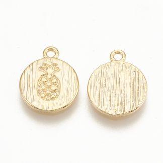 Deze bedel in de vorm van een muntje met een ananas er op is te koop bij kralenwinkel Limited Edition in de kleur goud.