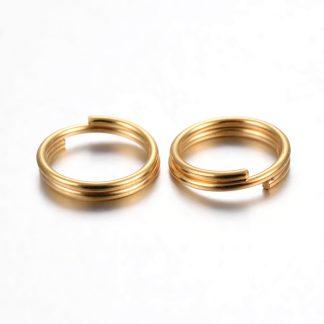 Deze RVS split ringetjes zijn te koop bij kralenwinkel Limited Edition in Den Haag in de kleur goud in de maat 8x1.3mm.