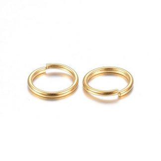 Deze 3x0.5mm open ringen van roestvrijstaal in de kleur goud zijn ideaal om sieraden mee af te werken en te koop bij kralenwinkel Limited Edition in Den Haag.