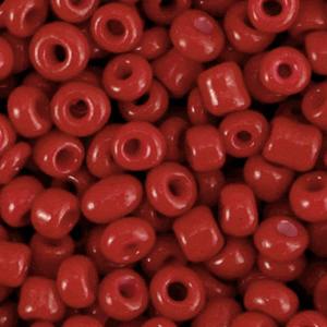 Deze leuke budget rocailles zijn ideaal om hippe sieraden te maken en zijn te koop bij kralenwinkel Limited Edition in Den Haag in de kleur cabernet rood.