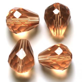 Deze glazen facet druppel kralen zijn te koop bij kralenwinkel Limited Edition Den Haag in de kleur peach brown.