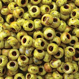 De rocaille seed bead van het Japanse merk Miyuki is te koop bij kralenwinkel Limited Edition in Den Haag in de maat 06-4512.
