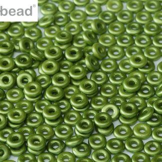 De O bead is leuk te gebruiken in patroontjes tussen andere kralen en is te koop bij kralenwinkel Limited Edition in Den Haag in de kleur 02010-25034.