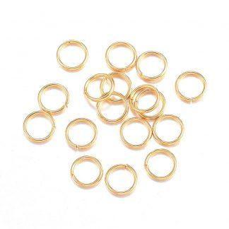 Deze 4x0,5mm open ringen van roestvrijstaal in de kleur goud zijn ideaal om sieraden mee af te werken en te koop bij kralenwinkel Limited Edition in Den Haag.