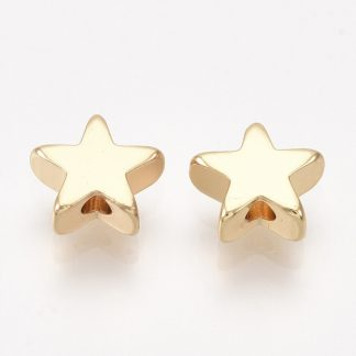 Deze bedel in de vorm van een kauri schelp is te koop bij kralenwinkel Limited Edition in de kleur goud.