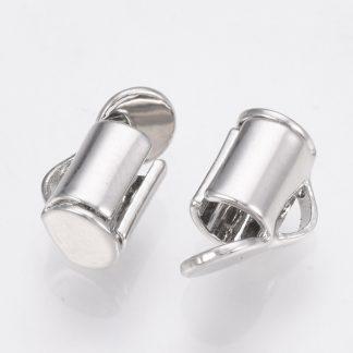 Met deze eindkap buisje is het heel eenvoudig om weef armbandjes af te werken en zijn te koop bij kralenwinkel Limited Edition in Den Haag in de maat 6mm antiek zilver.